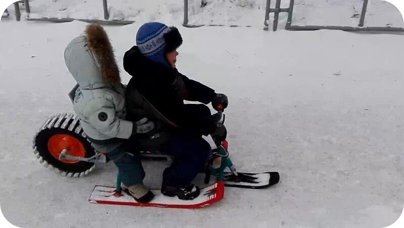 Детский снегоход