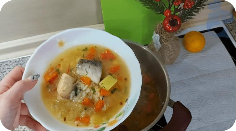 Аппетитный суп из горбуши