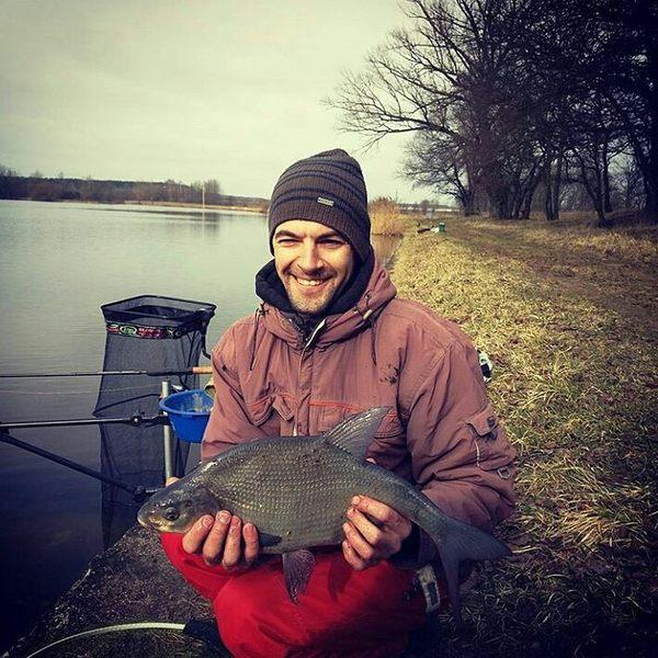 Рыбная ловля на леща