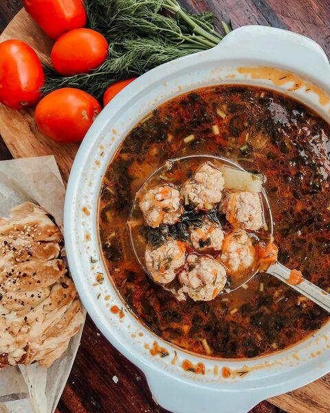 Рыбный томатный суп