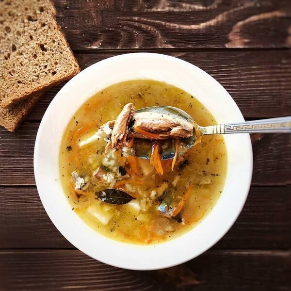 Суп с сайрой и рисом