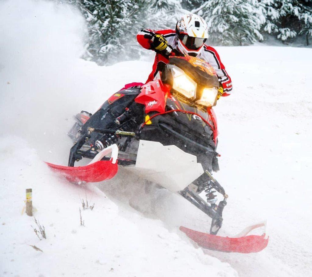 Двухтактные и четырехтактные снегоходы