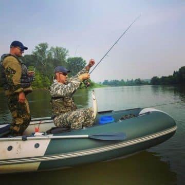 ловля щуки на реке