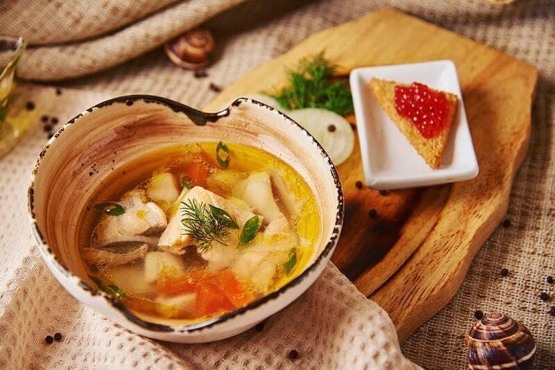 Суп из консервированной сайры в мультиварке