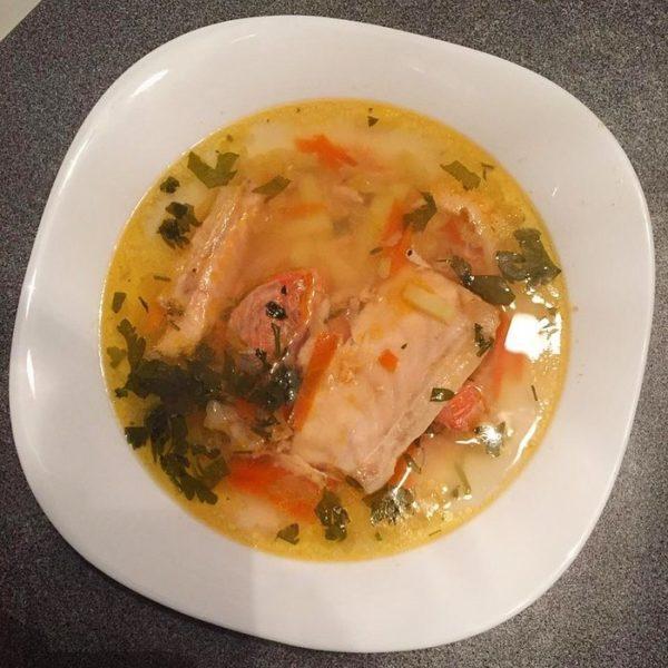 Чем отличается уха от рыбного супа
