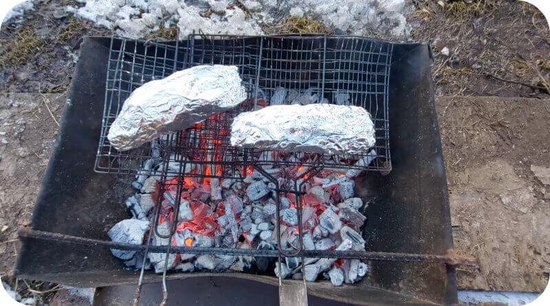 Вкусная рыба на углях