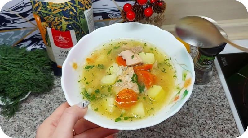 Готовый суп из горбуши