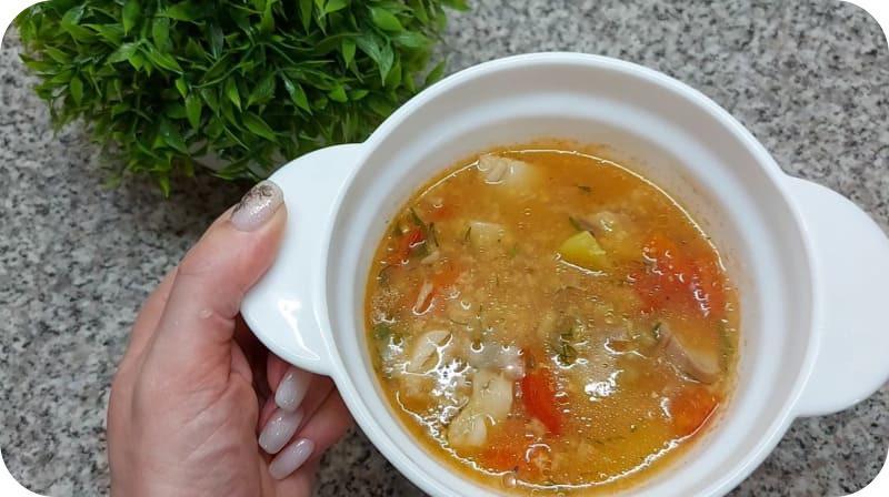 Готовый суп из сазана