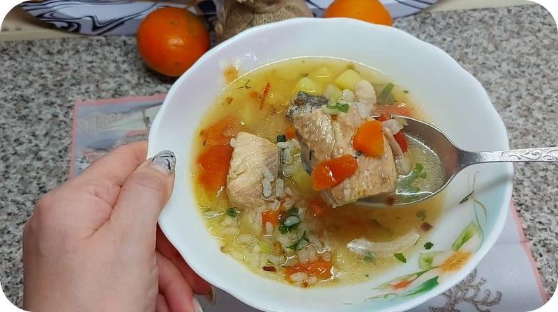 Наваристый суп из консервов
