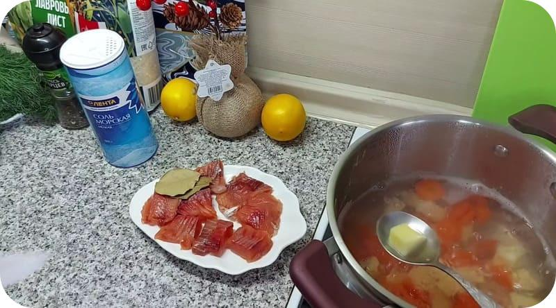 Аппетитный суп с горбушей