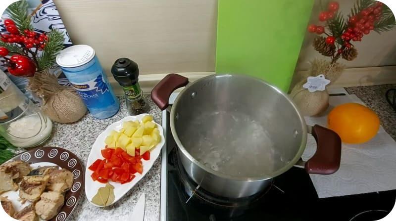 Варка воды для скумбрии