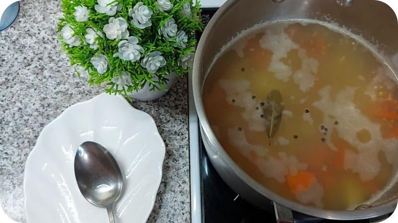 Вкусный суп из сазана
