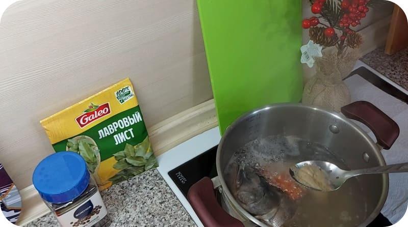 Снятие пенки с супа
