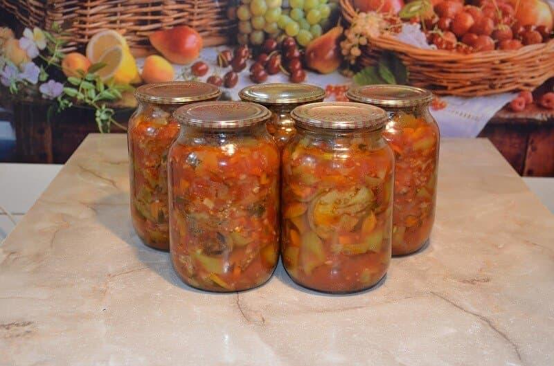 салат на зиму со скумбрией и овощами на зиму