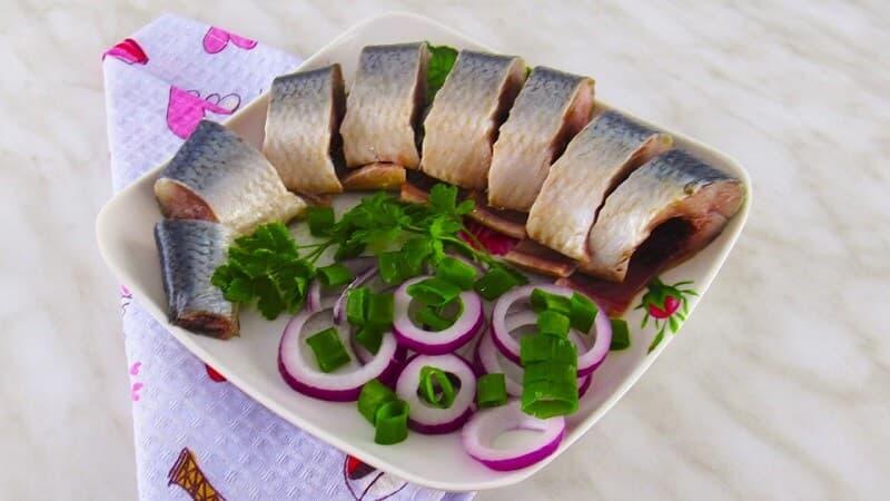 блюда из селедки соленой